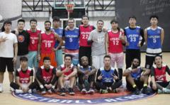 USBA美国篮球教育西安USBA美国篮球学院圣诞大战来袭!